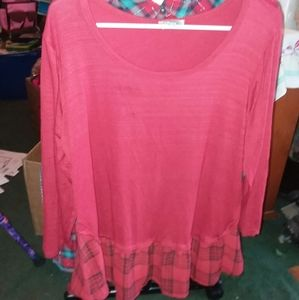 NWOT Chenaults red w/ red plaid scoop neck top